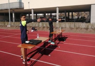 สองนักกีฬาปัญจกีฬาซ้อมหนักเตรียมสู้ศึกในบัลกาเรีย